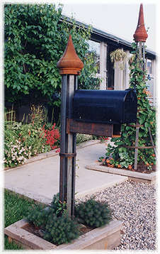 Our trellis style steel mailbox support